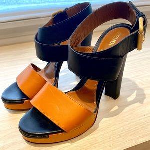 Fendi platform strapped sandal blk/saddle